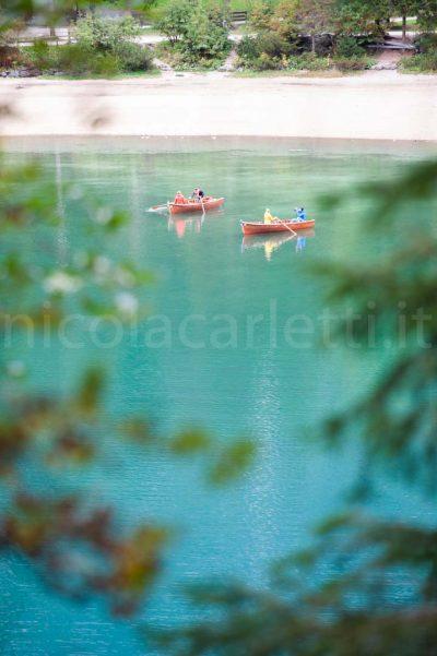 Barche sul lago di Braies